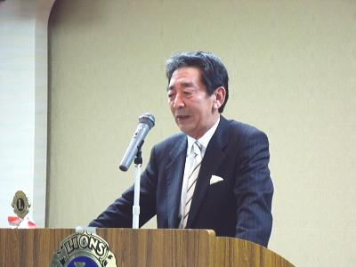 多くの人たちとの出会いを思い起こす安田光一氏